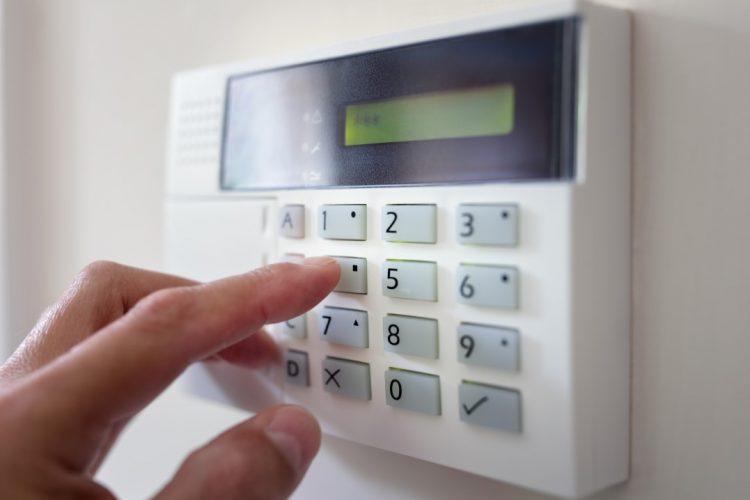 Que mettre comme système de sécurité sur les portes de mon entreprise